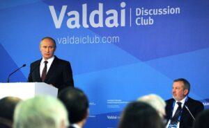 """Poetin: """"Maak Marshallplan voor Midden-Oosten"""""""