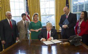 Trump stemt in met nieuwe sancties Rusland