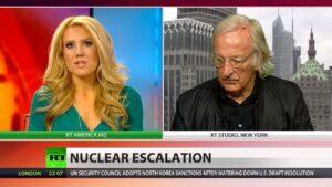 """John Pilger: """"Niet Noord-Korea, maar de VS is grootste bedreiging"""""""