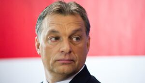 Hongaarse premier opent aanval op George Soros
