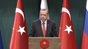 Erdogan roept Frankrijk op niet dezelfde fout te maken als de VS in Syrië