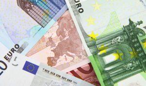 Europa en Rusland dichter bij handel in euro's
