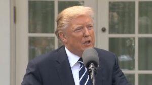 """Trump: """"Onderzoek naar Russische inmenging verkiezingen moet stoppen"""""""