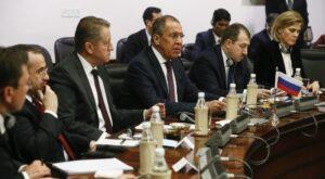 Rusland spoort India aan deel te nemen aan de Zijderoute
