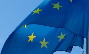 EU wil dominantie van de dollar in energiemarkt aanpakken