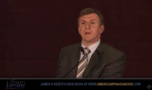 Video: James O'Keefe over de rol van de media