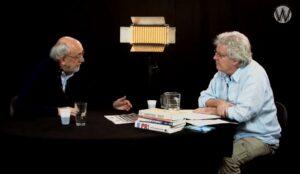 Video: Stan van Houcke en Cees Hamelink over de media