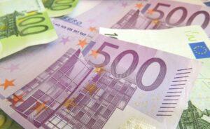 Regering verlaagt limiet contante betalingen naar 3.000 euro