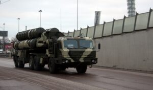 Rusland begint levering S-400 raketsystemen aan Turkije in 2019