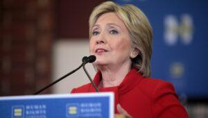 Hillary Clinton: 'Europa moet immigratie terugdringen om populisten te stoppen'