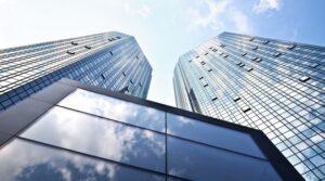 ECB: Banken moeten afschrijven op slechte leningen