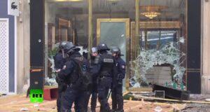Frankrijk zet legermacht in tegen relschoppers