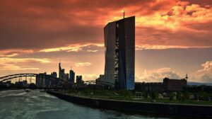 ECB overweegt 'bad bank' voor slechte leningen