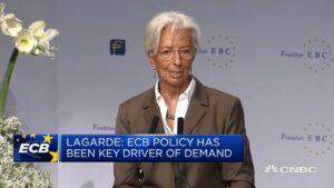 """Lagarde: """"Overheden moeten economie stimuleren"""""""