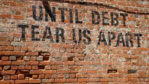 Wereldwijde schulden stijgen in recordtempo door coronacrisis