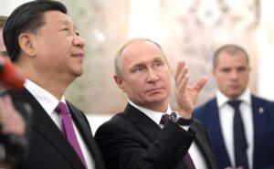 Marktaandeel dollar gehalveerd in handelsverkeer Rusland en China