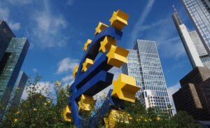 Balans ECB stijgt met 50% naar €7 biljoen