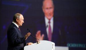 """Poetin: """"Eerste gaspijpleiding Nord Stream 2 voltooid"""""""